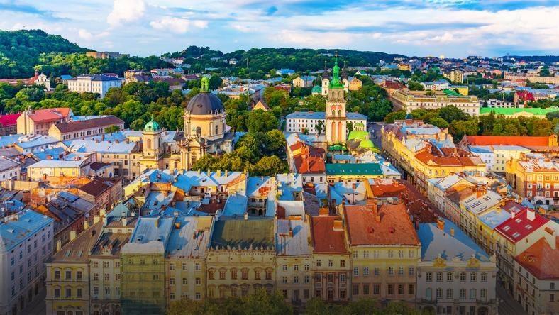 Lwów - piękne ukraińskie miasto z bogatą historią i tradycją.